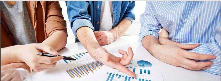 州投资发展集团召开经营管理分析研讨会